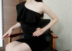 れい(31)